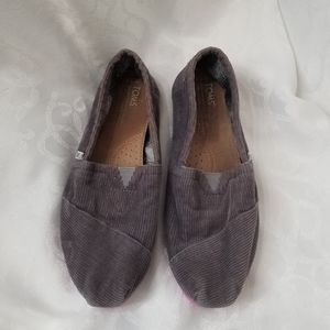 Toms Corduroy Size W7.5 Slip-On Shoes Grey/pink